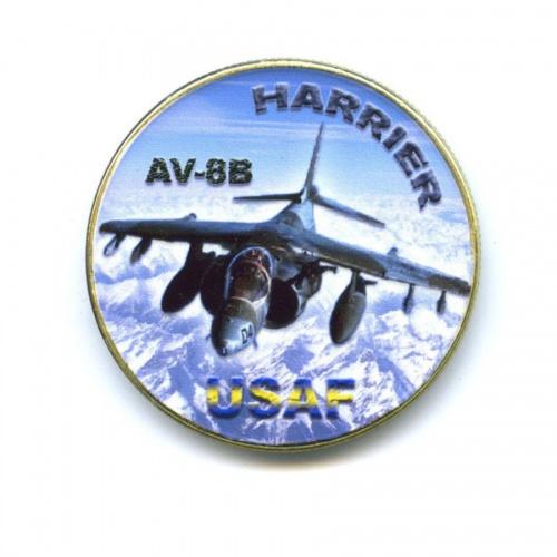 Жетон «AV-8B - Harrier USAF» (вцвете, под золото)