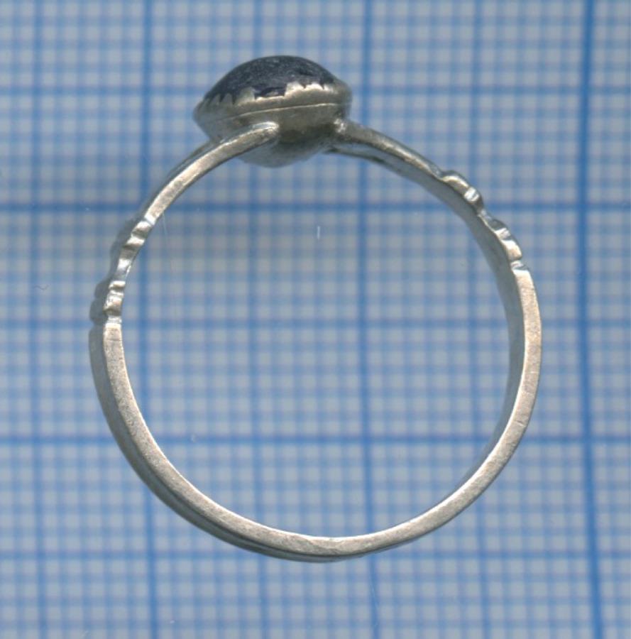 Кольцо скамнем, 84 проба серебра
