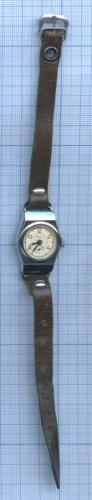 Часы наручные (врабочем состоянии)