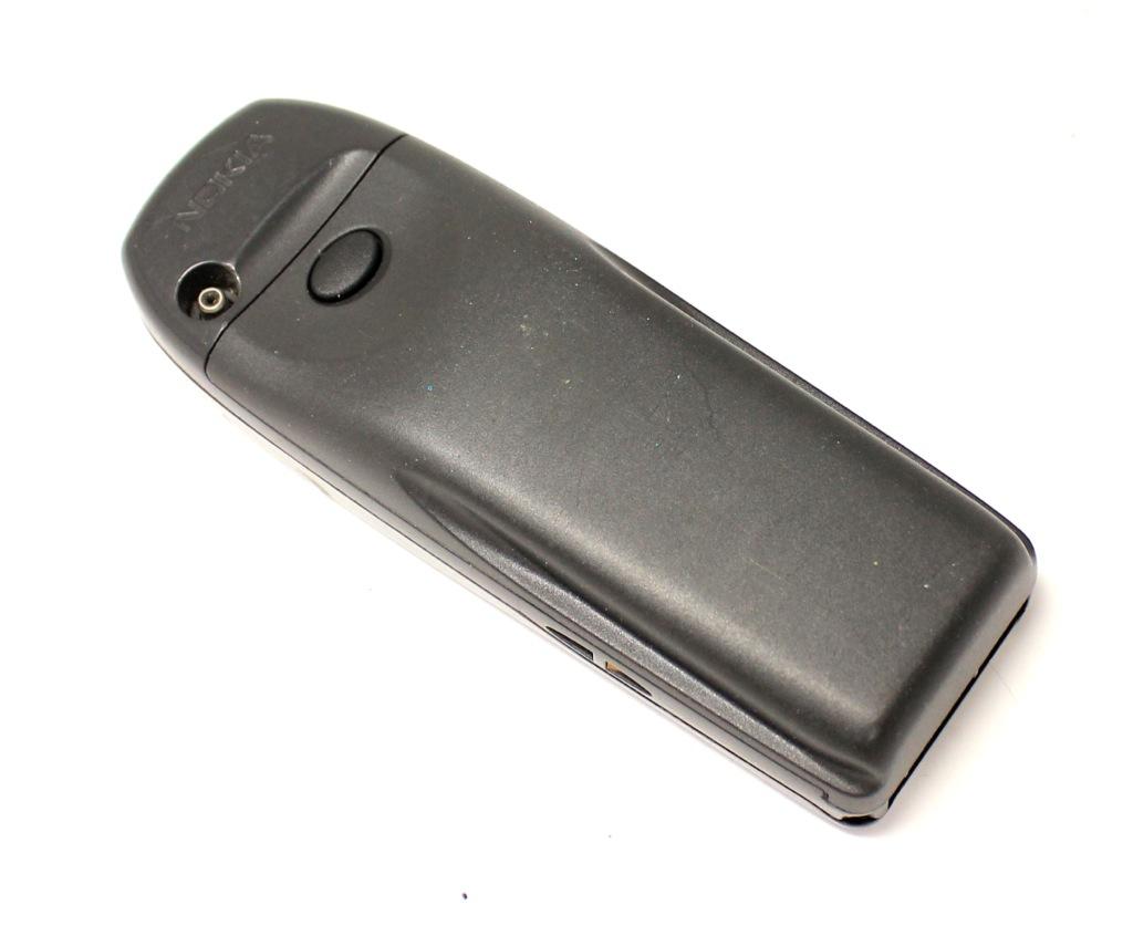 Сотовый телефон Nokia (аккумулятор неработает)