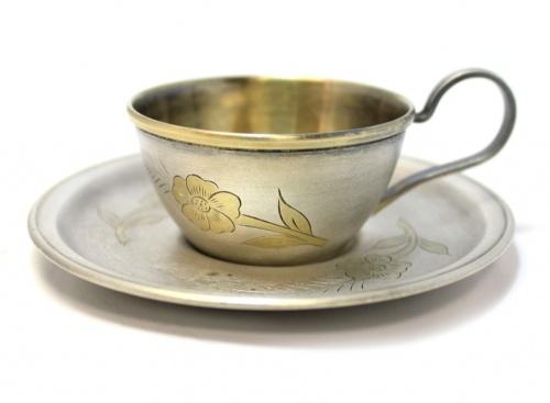 Пара кофейная (мельхиор, золочение, клейма, штихельный рисунок), диаметр 10,5 см, 6 см