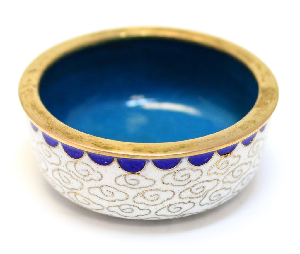 Крышка (перегородчатая эмаль Клуазоне, 50-е гг., 4,5×1,7 см) (Китай)