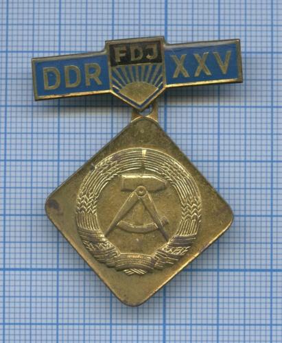 Знак «25 лет ГДР» (Германия (ГДР))