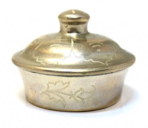 Шкатулка (диаметр 6 см, клеймо)