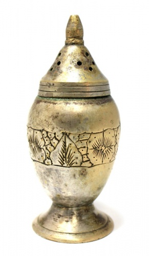 Солонка (латунь, серебрение, 30-е гг., штихельный рисунок, 9,5 см)