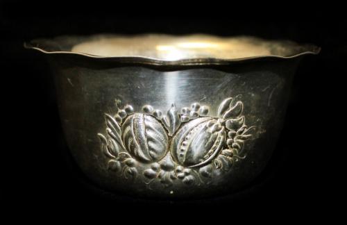 Чаша (глубокое серебрение, клеймо «MILS JOHAN», 4,5×9 см) (Швеция)