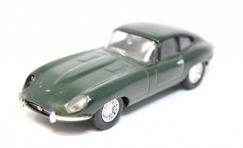Моделька машины (11 см)