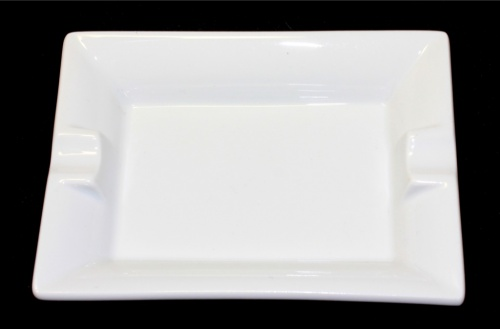 Пепельница (фарфор, «APILCO» Франция, изготовлено наИФЗ), 11,5×8,5 см