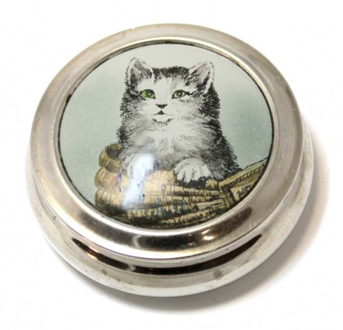 Шкатулка «Котенок» (клеймо «ЛЕНЭМАЛЬЕР», 50-е гг., финифть, диаметр 8,5 см) (СССР)