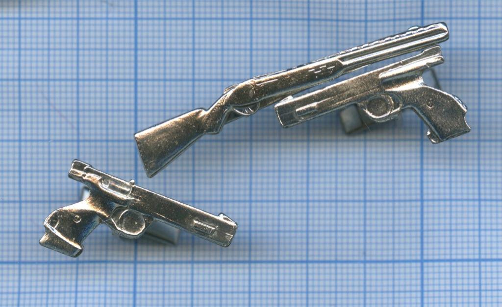 Запонки сзажимом для галстука «Оружие»