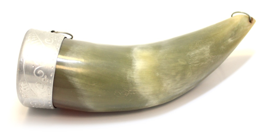 Рог натуральный, 14 см