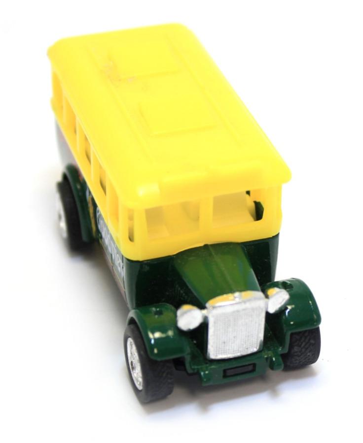 Моделька «Автобус» (металл, пластик, 8 см)