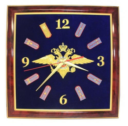 Часы подарочные «МВД» (набархате вбагетной рамке, 35×35 см) (Россия)