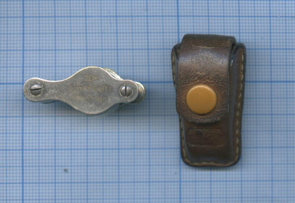 Лупа «Ernst Leitz Wetzlar» (20х, 40-е года, родной кожаный чехол) (Германия)