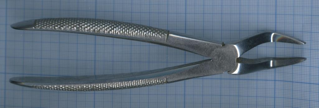 Щипцы (хирургическая сталь, ЛЧБ, 17 см)