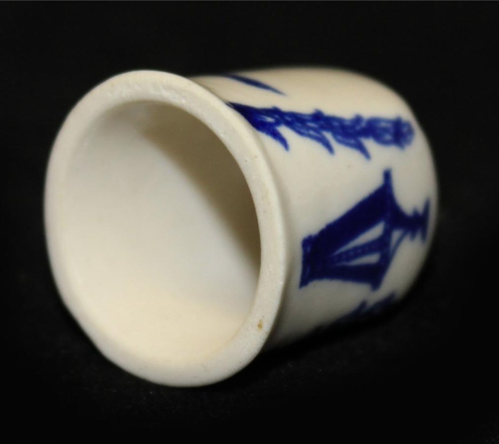 Наперсток коллекционный (ЛФЗ, фарфор), 2,4 см