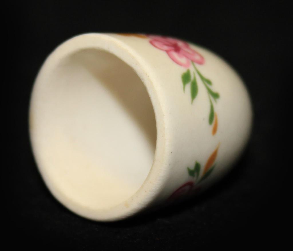 Наперсток коллекционный (ЛФЗ, фарфор), 2,3 см