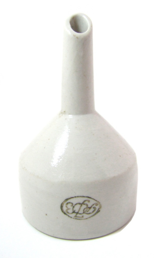 Воронка (керамика, клеймо «РФЗ», Речицкий фарфоровый завод), 10,5 см 1950 года (СССР)