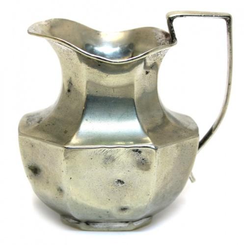 Молочник (серебрение, клейма, надпись: «Guaranteed Hard Soldered», 10,5 см) 1921-1935 (Великобритания)