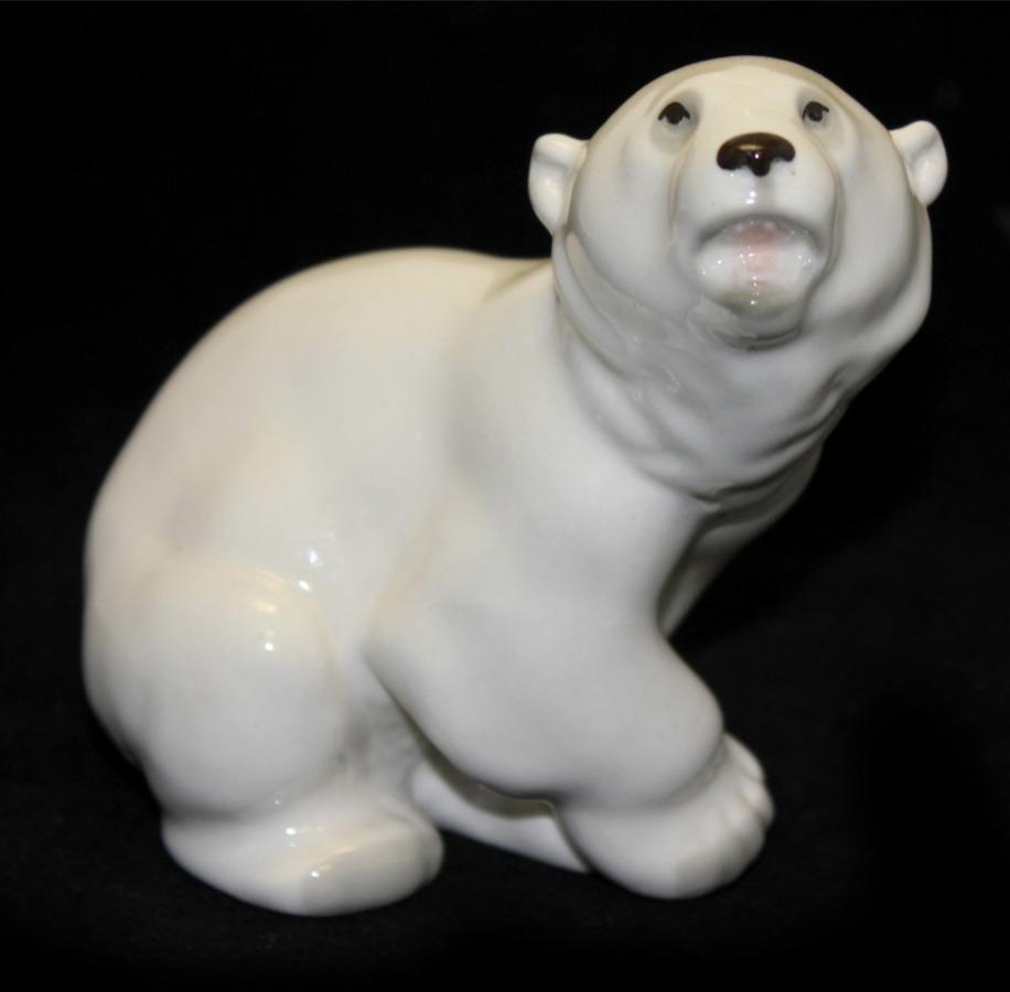 Фигурка ЛФЗ «Белый медведь» (11 см)