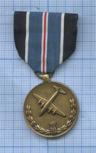 Медаль «For Humane Action» (США)