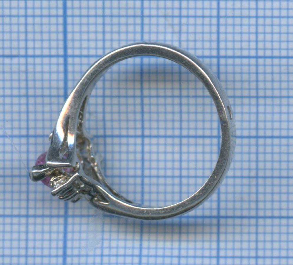 Кольцо срозовым камнем (серебро 925 пробы)