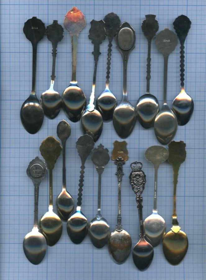 Набор коллекционных ложек (разные страны)