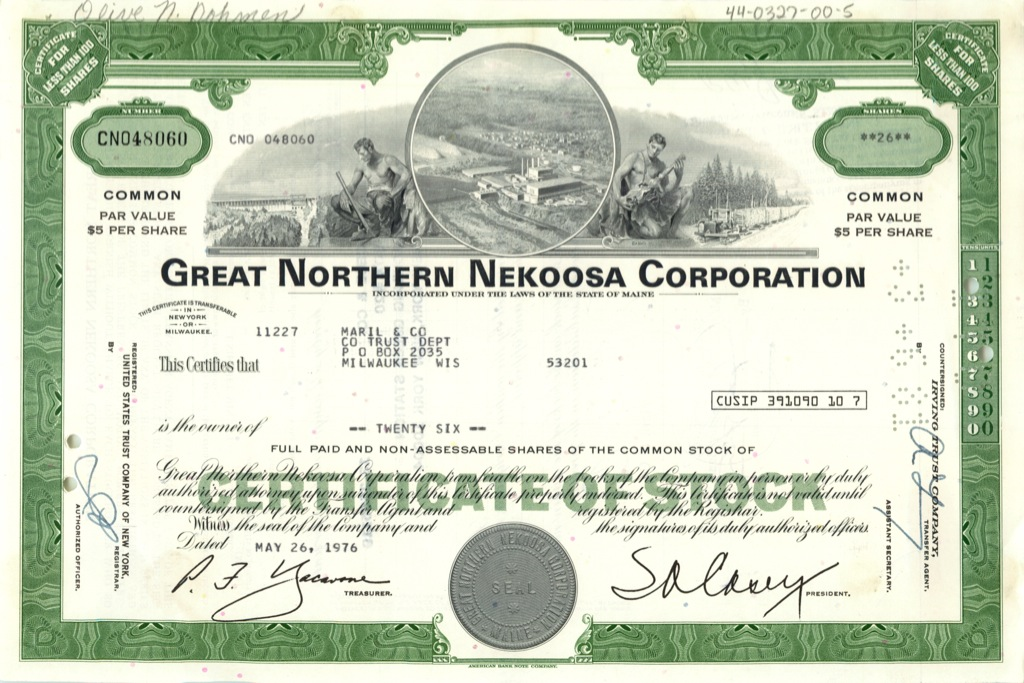 26 акций («Great Northern Nekoosa Corporation») 1976 года (США)