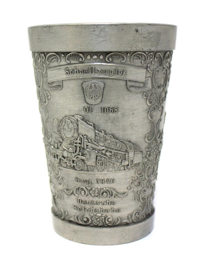 Стакан-стопка «Паровозы» (Штутгарт, олово, клейма, 8,5 см) (Германия)