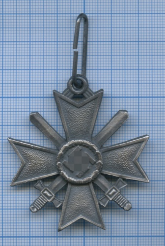 Знак «Крест военных заслуг смечами» (копия) (Германия (Третий рейх))