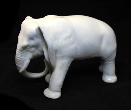 Статуэтка «Слон» (1930-е года, фарфор) ЛФЗ (СССР)