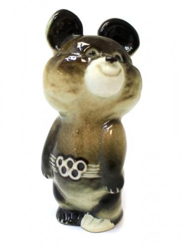 Статуэтка «Мишка олимпийский» (ЛФЗ, знак качества, фарфор, клеймо, дефект лапы, 7 см) (СССР)