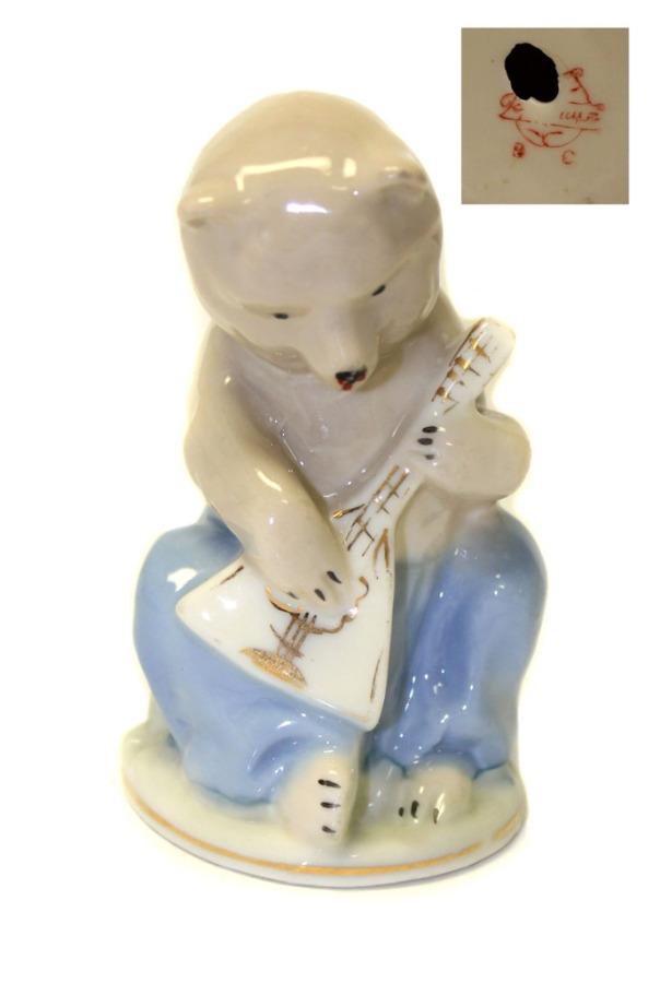 Фигурка «Медведь» (клеймо, 10 см) (СССР)