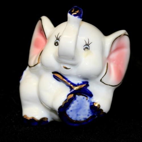 Фигурка «Слон» (фарфор, 5×7 см)