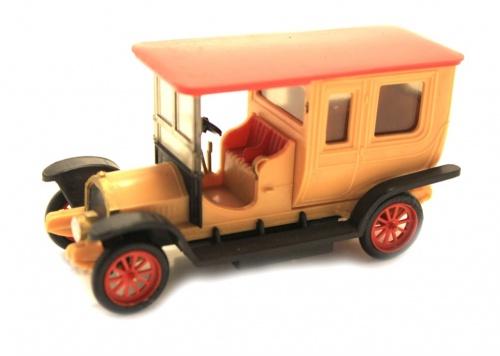 Модель машины (9 см)