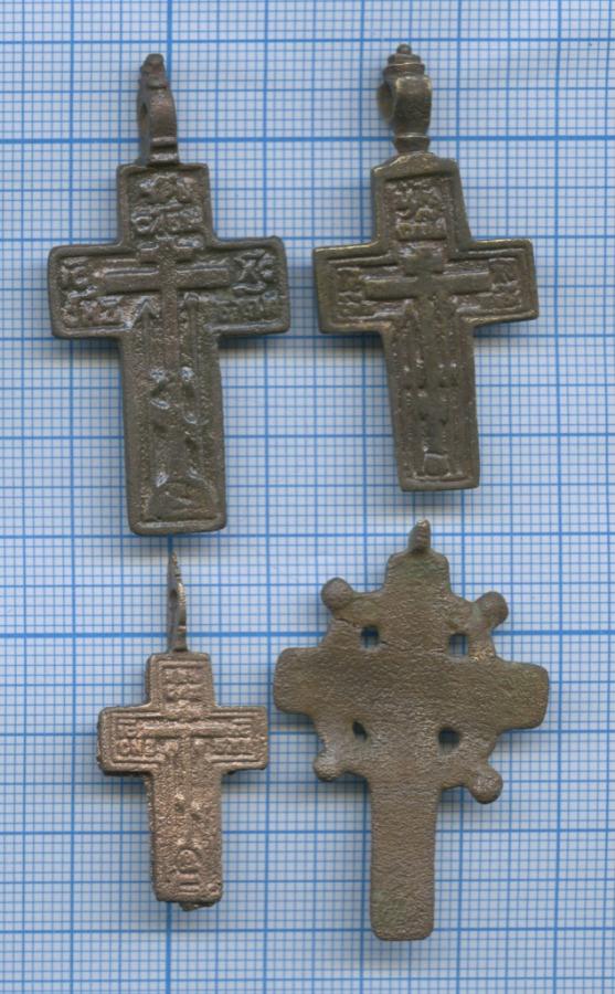 Набор нательных крестиков