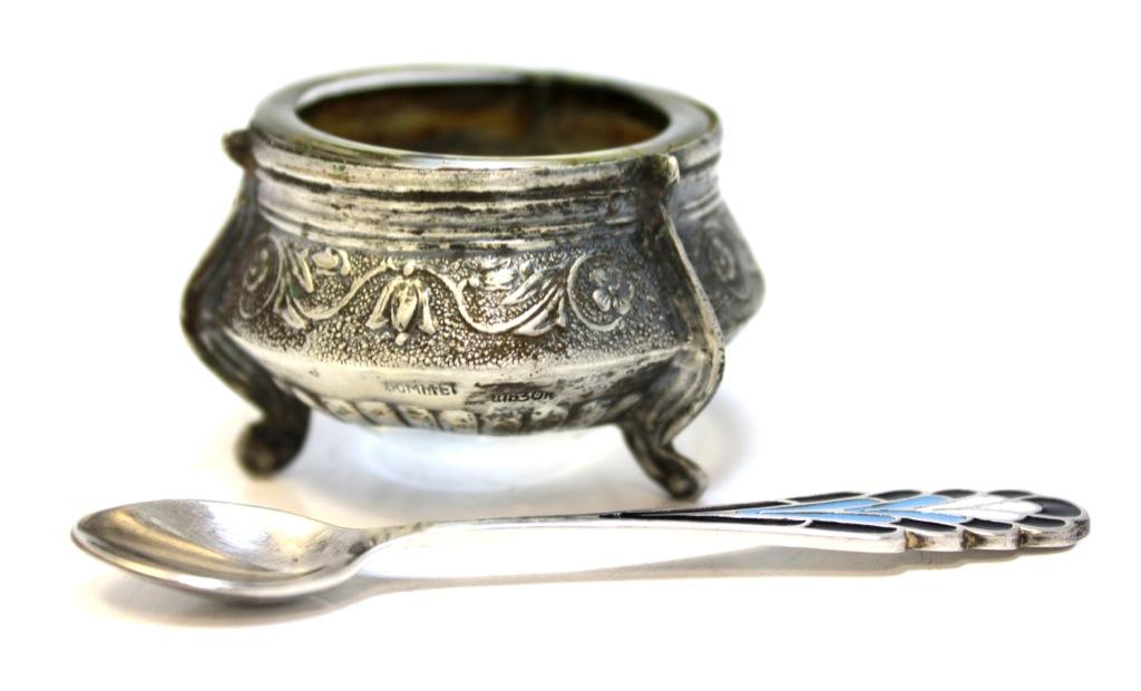 Солонка сложечкой (мельхиор, эмаль) (СССР)