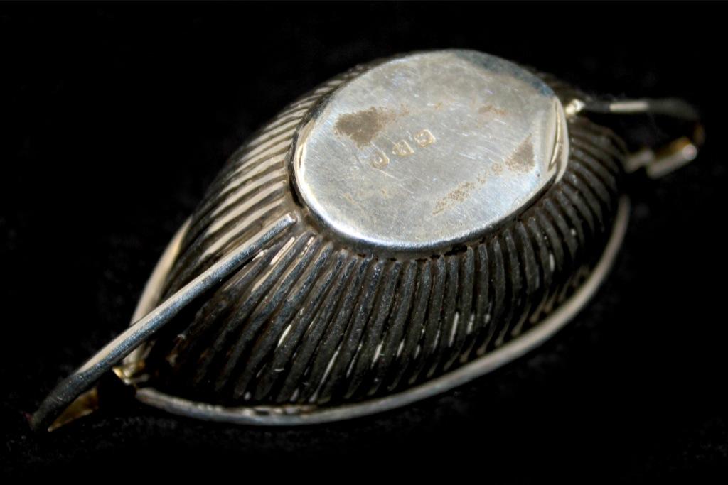 Солонка (г. Честер, клейма,  8,5 см) 1899 года (Великобритания)