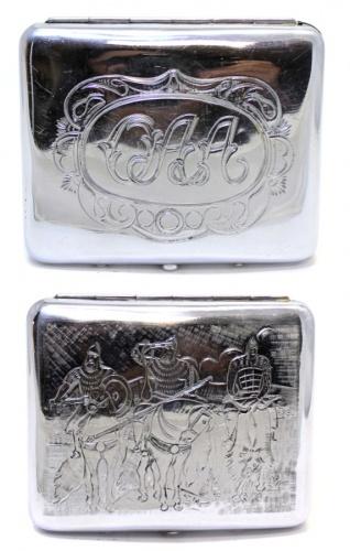 Портсигар «Три богатыря» (штихельный рисунок, довоенный, 9,5×8,5 см) (СССР)