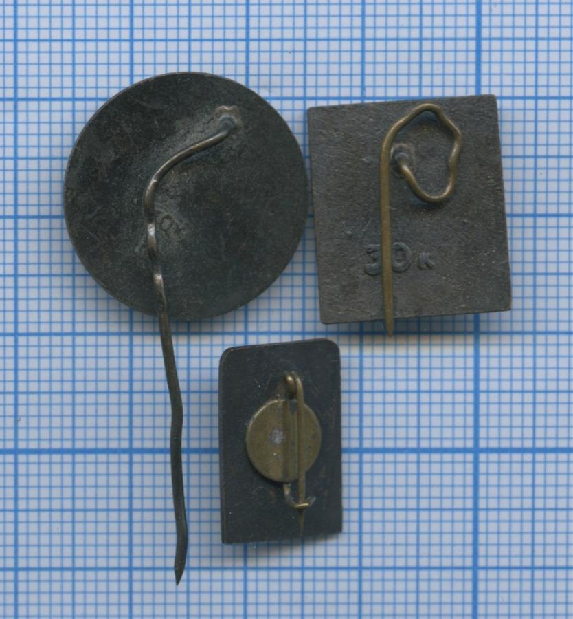Набор значков (Латвия, Эстония)