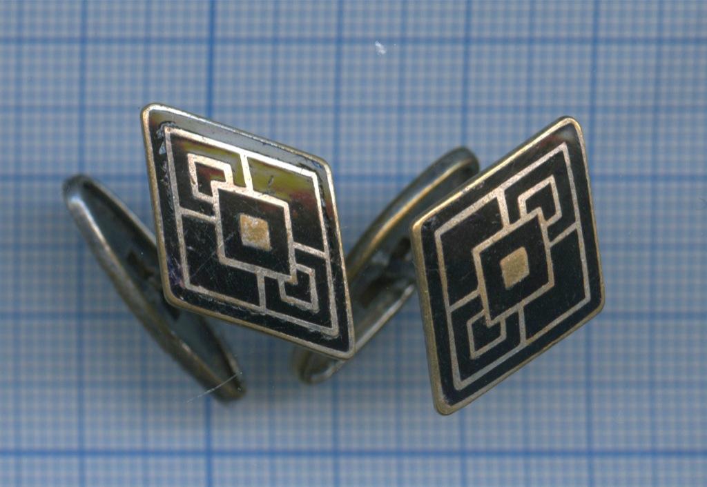 Запонки (латунь, горячая эмаль, клеймо «ЛЭ», 50-е гг.) (СССР)