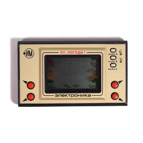 Игра Электроника с часами и будильником «Ну погоди» ИМ-02 ...